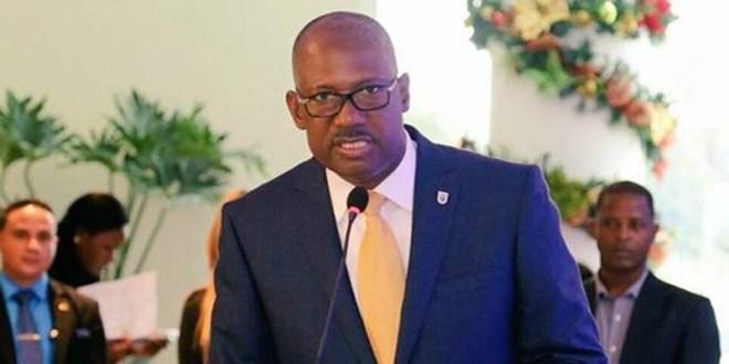 Alcalde Alfredo Martínez
