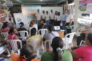 Participantes en uno de los talleres auspiciados por el Banco Ademi
