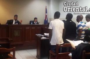 Los cincos imputados escuchan la sentencia