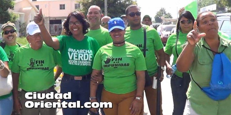 Vídeos - Delegaciones de Santo Domingo Este estuvieron en la Marcha Verde del Sur