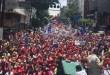 Mujeres revlucionarias marchan por la paz en Caracas