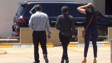 Photo of Vídeo – Familiares y amigos visitan presos por caso Odebrecht en cárcel de la Fiscalía del DN