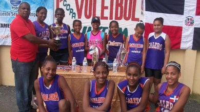 "Photo of Calero campeón voleibol intermedio ""Eva 2017"""