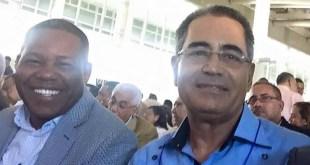 Adán Peguero (i), y Nestor Julio Cruz Pichardo (Tomada del muro de FB de Cruz Pichardo).