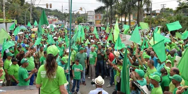 Marcha verde en Las Caobas