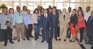Los periodistas posaron con Mariano Germán Mejía