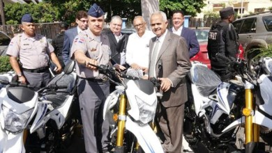 Photo of Entregan 20 nuevas motocicletas para el servicio preventivo de la PN
