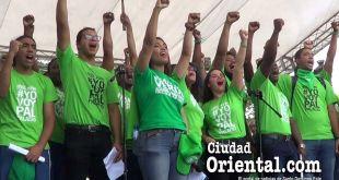 Activistas de Marcha Verde frente al Palacio Nacional