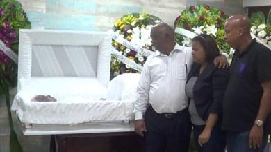 Photo of El indescriptible dolor de perder a la madre y al padre + Fotos