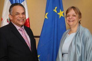 Ramón Ventura Camejo y Sabine Bosch