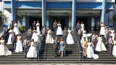 Photo of PN celebra boda colectiva en su cuartel general + Fotos