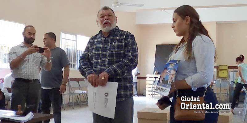 Vásquez García descarta seguirle los pasos a Aléxis Jiménez