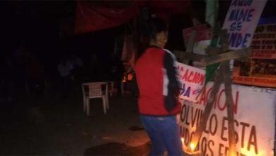Photo of Tensión en el campamento de los encadenados a las puertas de la Barrick Gold