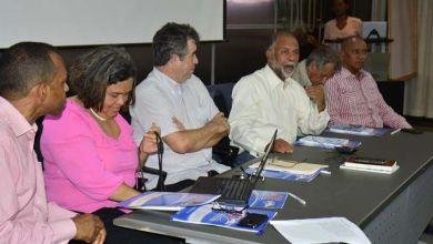 Photo of Foro concluye que reforma ley educación debe ser para garantizar Educación como derecho humano