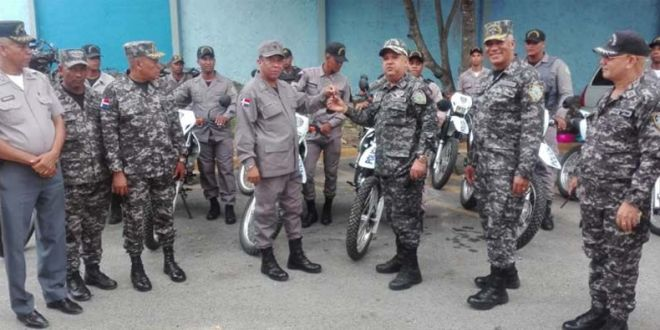 El general de brigada Ludwig Suardi Correa, estuvo a su cargo la entrega.