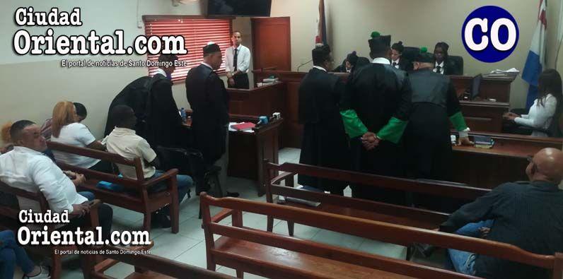 Suspenden juicio fondo sacerdote gay imputado matar joven 16 años
