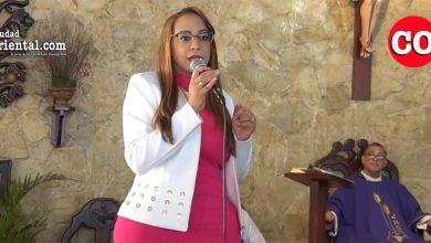 Photo of Katy Báez sorprendida; desmiente recibiera 100 mil pesos para las elecciones del 16 de Febrero