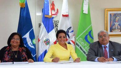 Photo of Usuarias de Mujeres Saludables serán afiliadas al SeNaSa y recibirán atenciones en el SNS