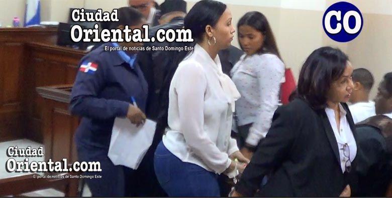 Las madres y su hija fueron arrestadas en la Sala de Audiencia.