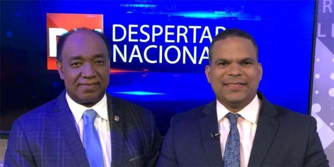 Elpidio Báez (i) y Moisés González