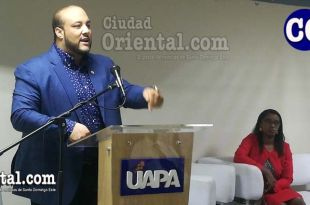 El juez Julio De los Santos Morla en su exponencia.