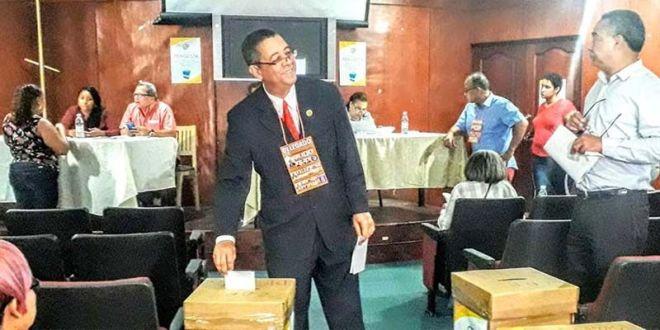 David Lorenzo, vota en las elecciones del CDP