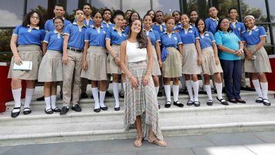 Photo of María del Mar Fernández realiza conversatorio con jóvenes en la BIJRD