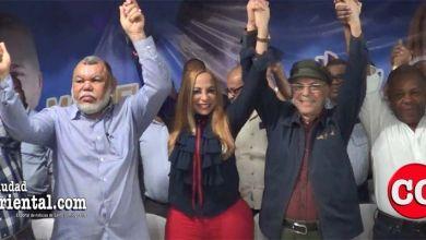 Photo of Se unifica el PRM-SDE alrededor de Manuel Jiménez tras firmar dos documentos de contenido desconocido