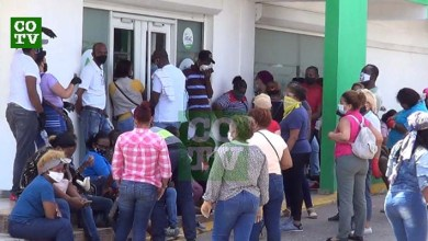 "Photo of Este es el ""distanciamiento social"" en la COOPMAIMON  de Santo Domingo Este + Vídeo"