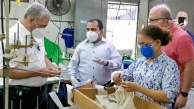 Photo of Gonzalo Castillo va en auxilio de la Asociación de Textileros Dominicanos y le compra 200 mil mascarillas