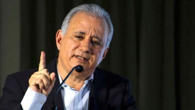 """Photo of ¿No querían? ¡Cojan mambo! El senador por el PRM Antonio Taveras le da """"una puñalada"""" a los políticos que quieren ser miembros de la JCE"""