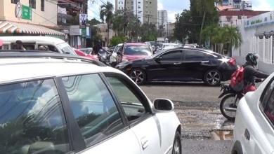 Caos en las calles próximas a la avenida Sabana Larga