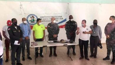 Photo of General Báez Aybar interactúa con líderes comunitarios en SDE