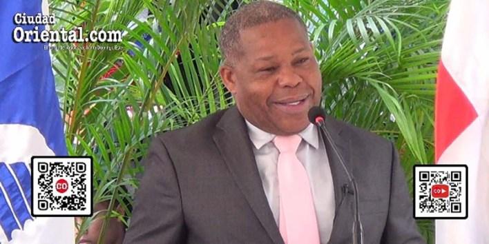 Adán Peguero, Director General del INPOSDOM