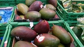 Fruta: Mango importada de Brasil y Perú