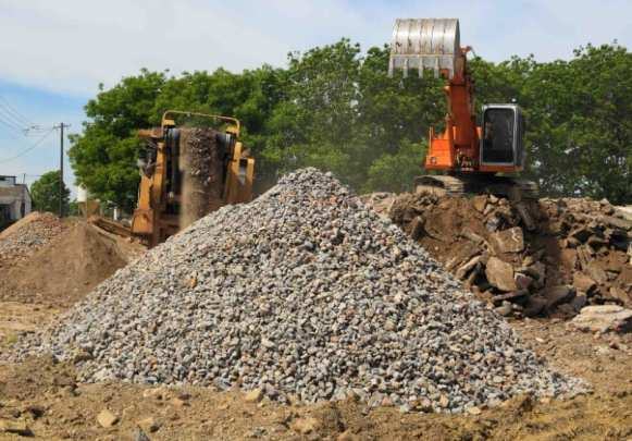 Recycled Concrete Aggregate (Crushed Concrete) - Cost, Pros & Cons