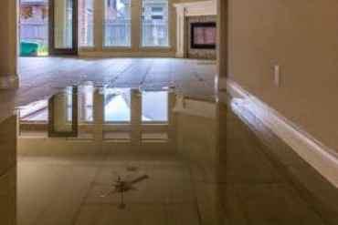 Signs of Water Damage | Signs of Water Damage In Walls