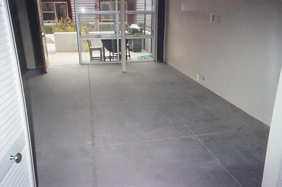 Cement concrete flooring