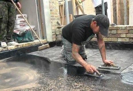 Asphalt flooring