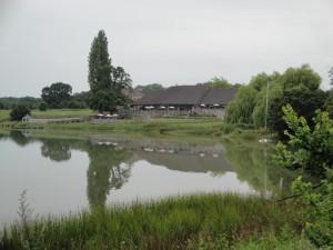 Wootton_Lakeside_Park_Hotel_from_Wootton_Bridge_22