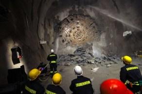 suiça-tunel-01