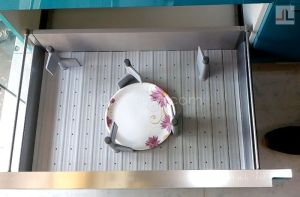 Hettich Adjustable plate rack kitchen