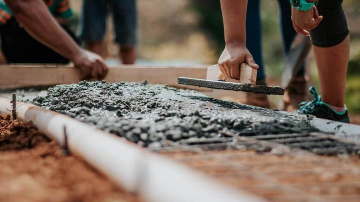 20 Advantages And Disadvantages of Concrete As a Construction Material