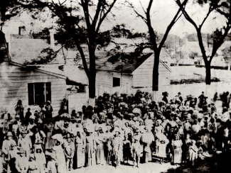 Slaves on a South Carolina plantation