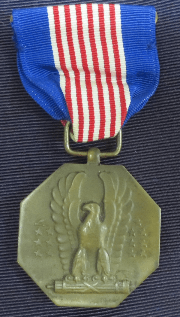 medal with an eagle