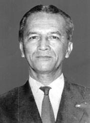 Adenan Kapau Gani (Mayjen. dr. Adnan Kapau Gani)