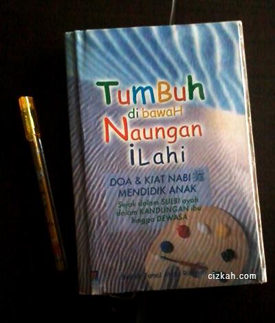 tumbuh-di-bawah-naungan-ilahi review buku pendidikan islam