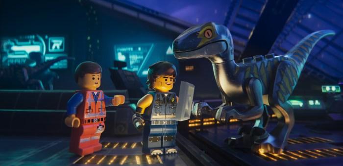 the-lego-movie-2-image-raptor