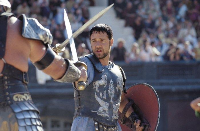 Russell-Crowe-Gladiator.jpg