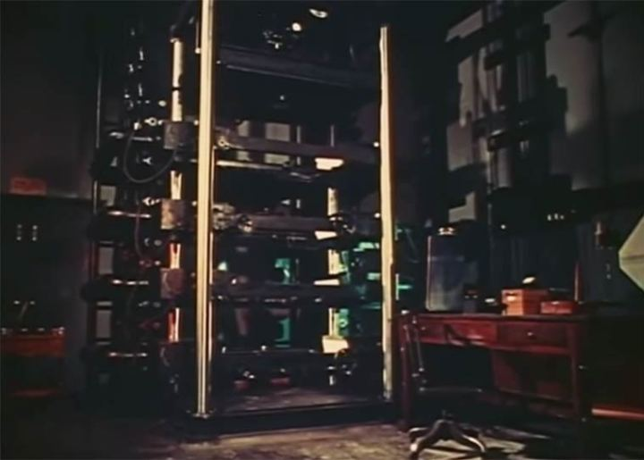 Walt-Disney-MultiPlane-Camera-5